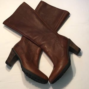 Timberland Leather 3 Inch Heel Boots Sz 8